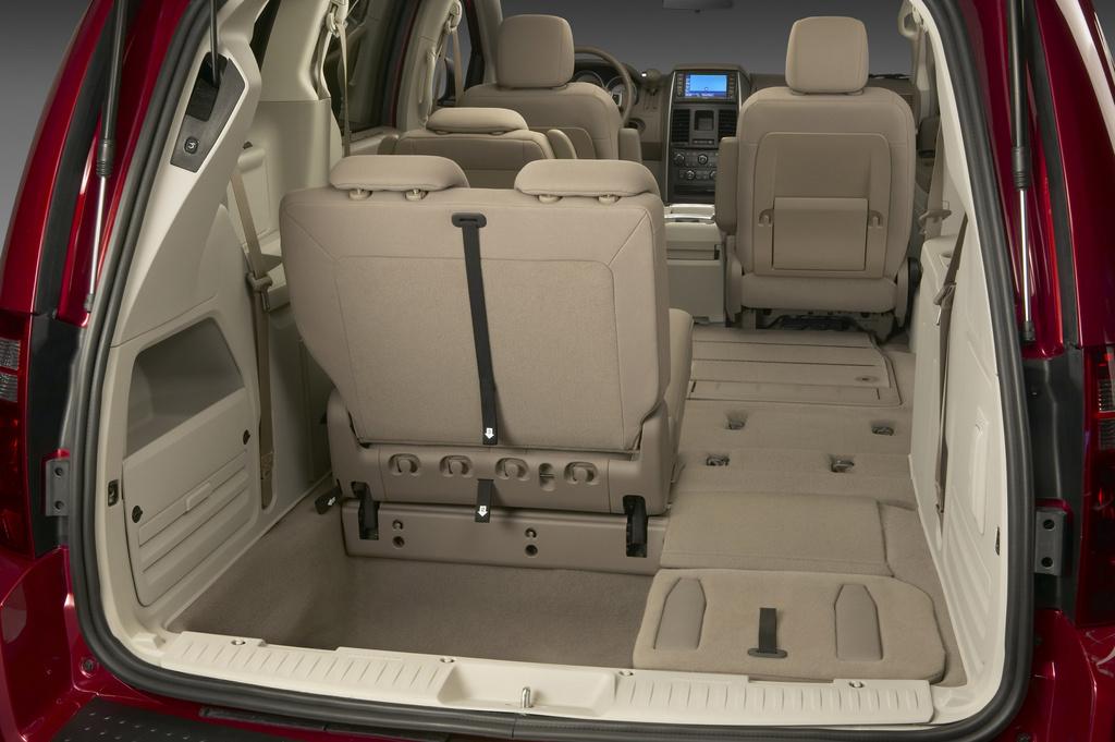 Chrysler Grand Caravan Picture 1 Reviews News Specs Buy Car