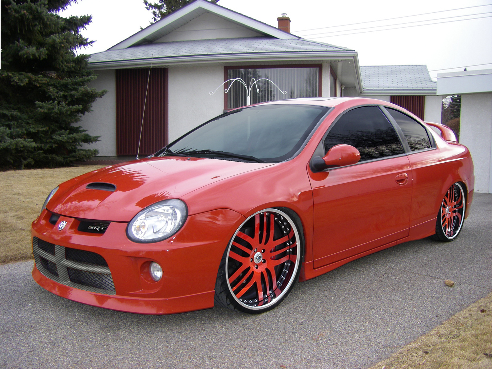 dodge neon srt4 photos news reviews specs car listings. Black Bedroom Furniture Sets. Home Design Ideas