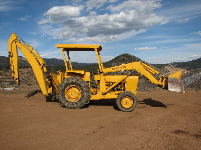 Ford 555c Backhoe Parts : Ford c backhoe questions