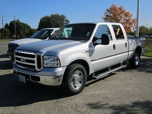 Ford F-950 Super Duty Custom Cab
