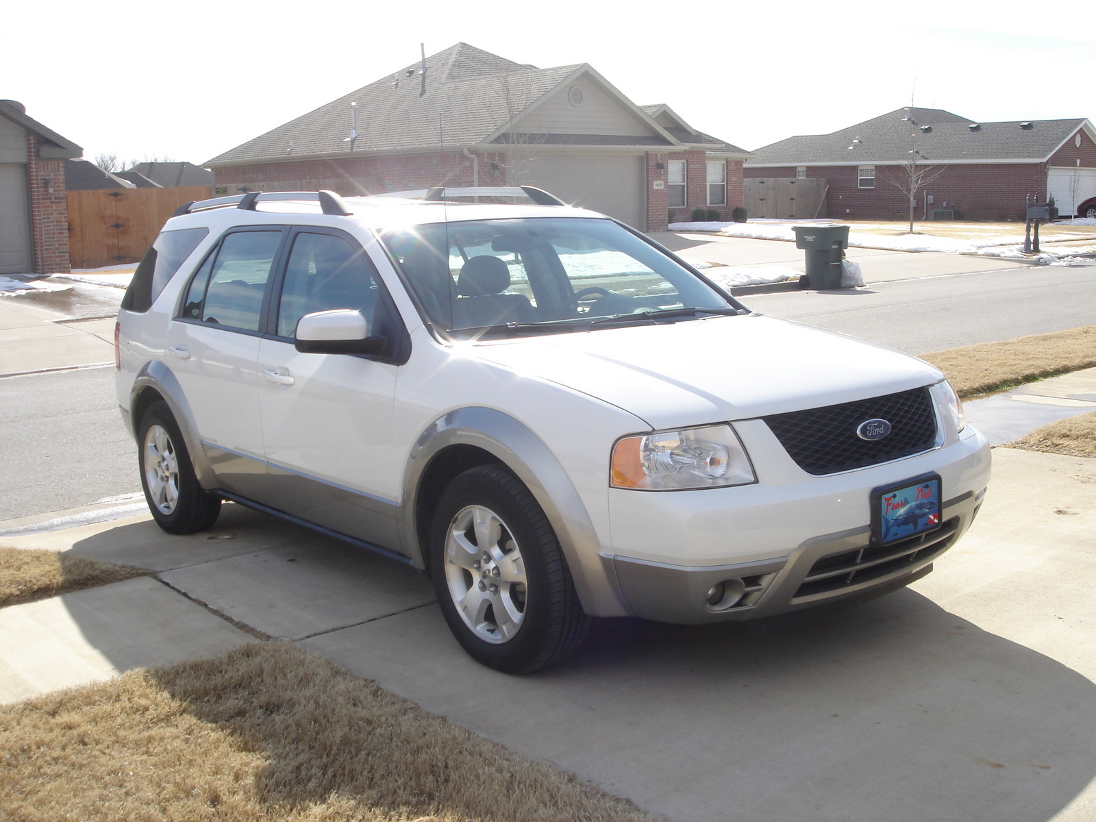 ford freestyle reviews The ford freestyle was introduced in the 2005 model year the vehicle was re-engineered with a new engine for the 2008 model year and renamed the ford taurus x in addition, electronic stability control was added as a standard feature beginning with the 2008 models.