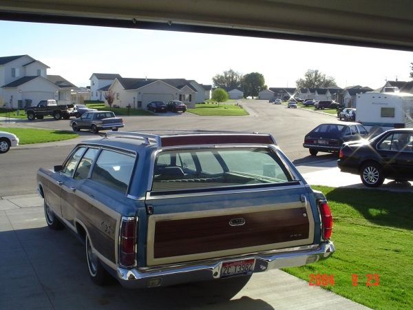 Ford LTD Station Wagon