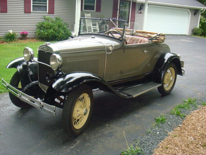 Ford Model A Roadster DeLuxe