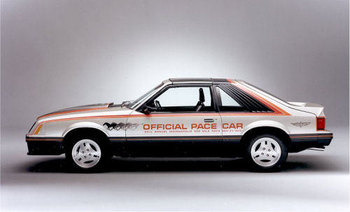Ford Mustang pace car conv