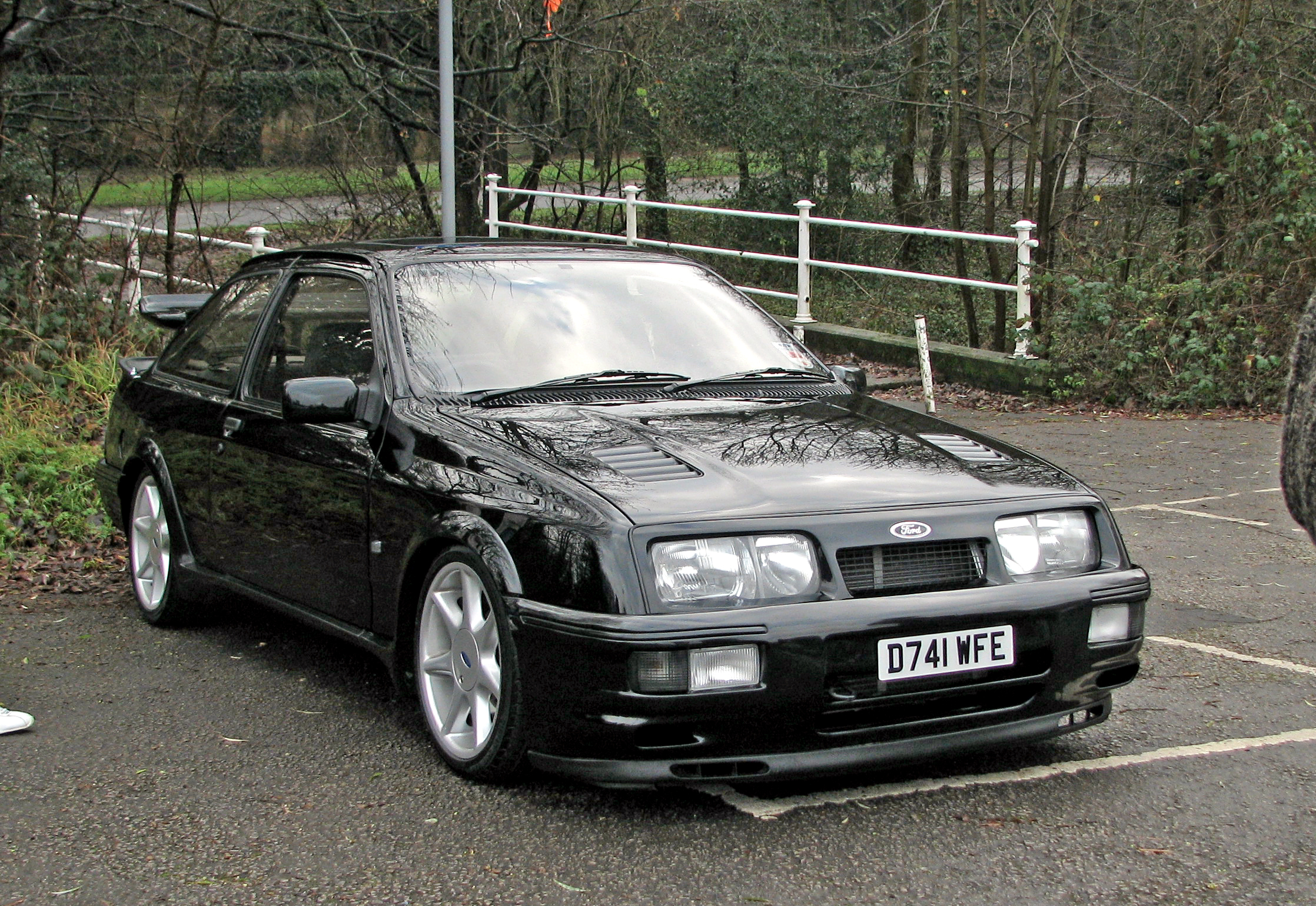 ford sierra cosworth photos news reviews specs car listings. Black Bedroom Furniture Sets. Home Design Ideas