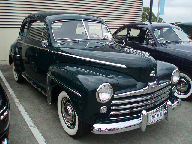 Ford Super Deluxe 8 Coupe