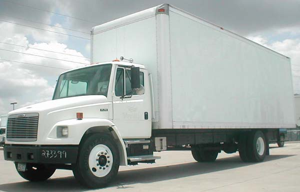 Freightliner FL70:picture # 2 , reviews, news, specs, buy car