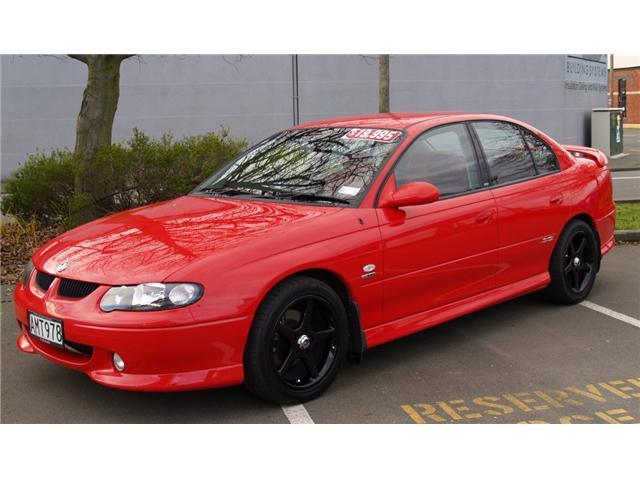 Holden Commodore SS V8 - Photos, News, Reviews, Specs, Car listings