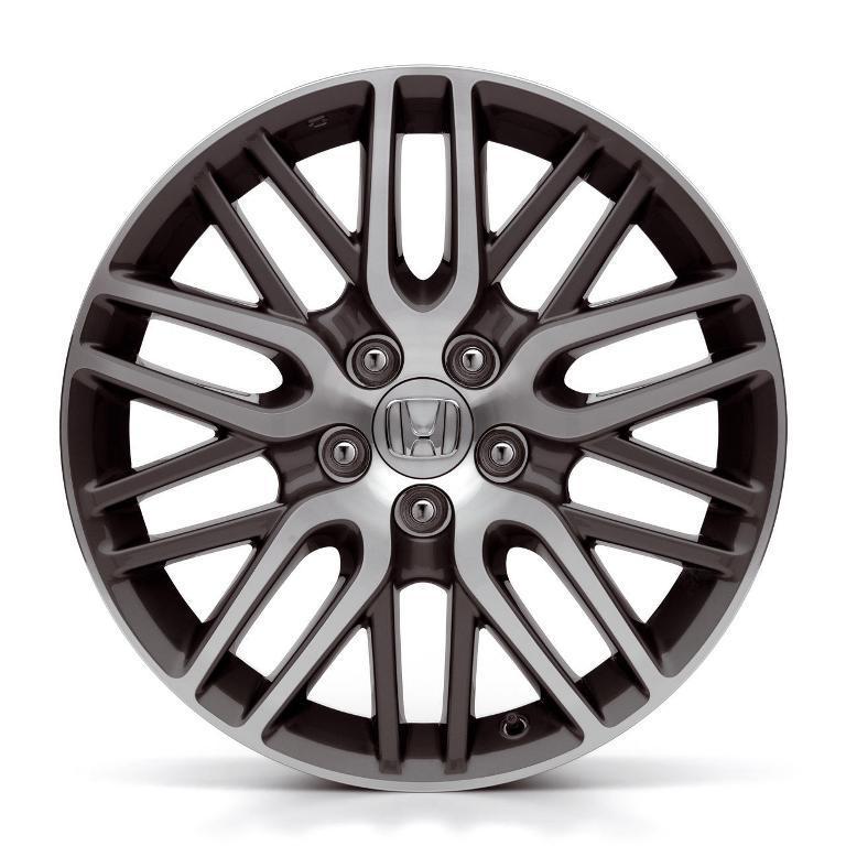 Литые диски используются в основном на легковых автомобилях, джипах и микро