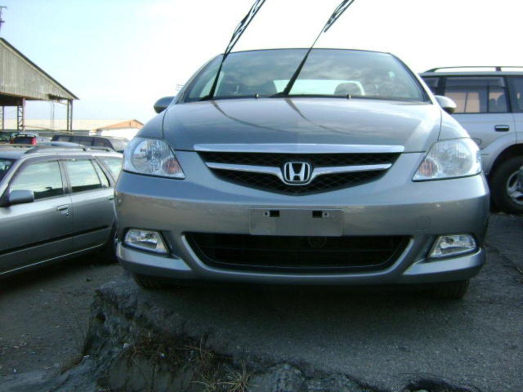 Honda fit aria photos news reviews specs car listings for Honda fit horsepower