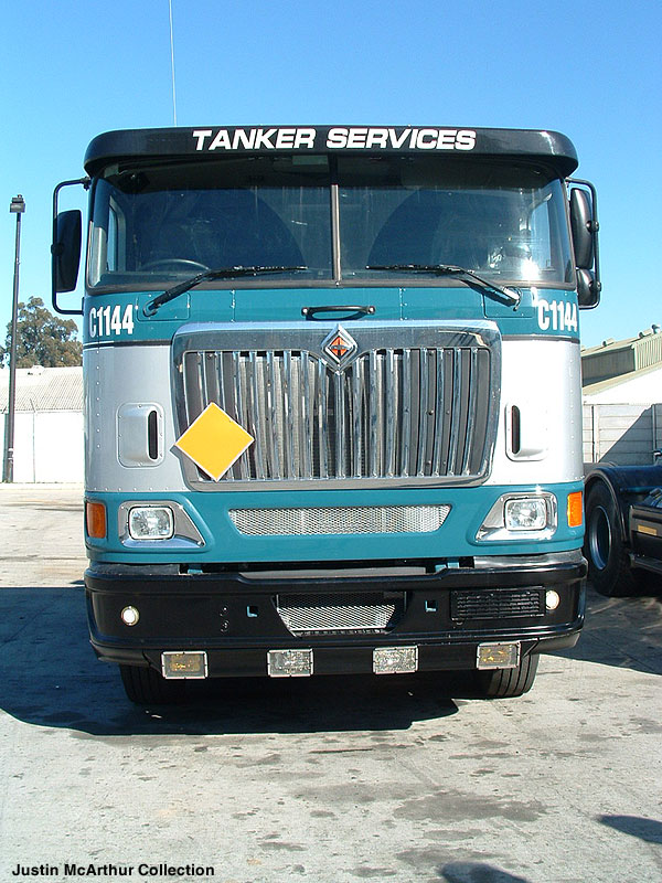 International 9800i Eagle Picture 1 Reviews News