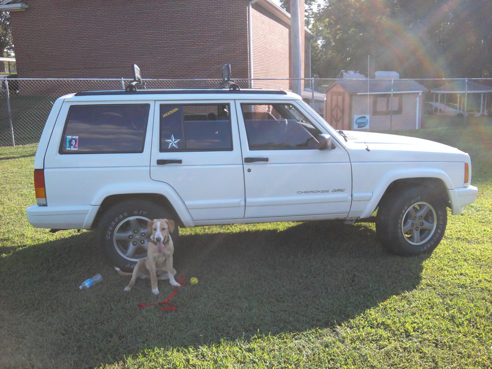 jeep-cherokee-classic-40l-06.jpg
