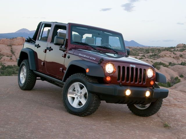 Jeep Wrangler Unlimited 40L 05