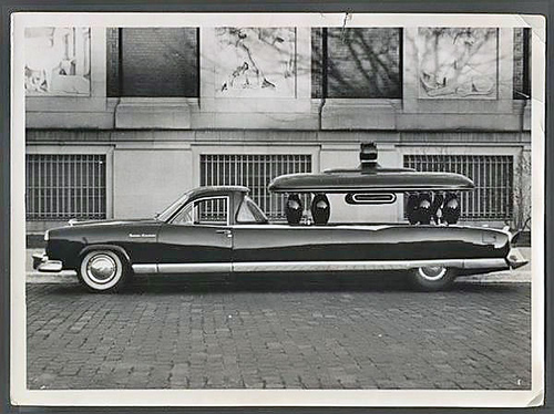 kaiser-carabela-hearse-car-02.jpg