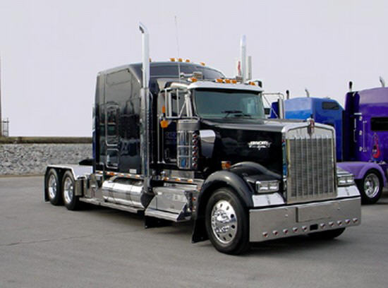 Kenworth w900 photos news reviews specs car listings for Interieur kenworth t2000