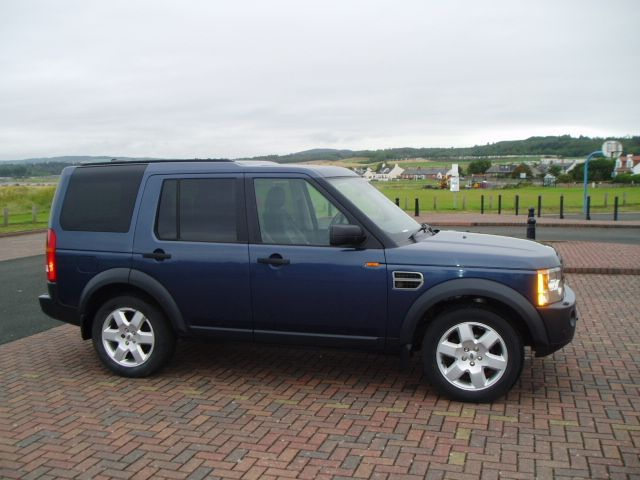 land rover range rover discovery 3 tdv6 hse picture 4 reviews news specs buy car. Black Bedroom Furniture Sets. Home Design Ideas