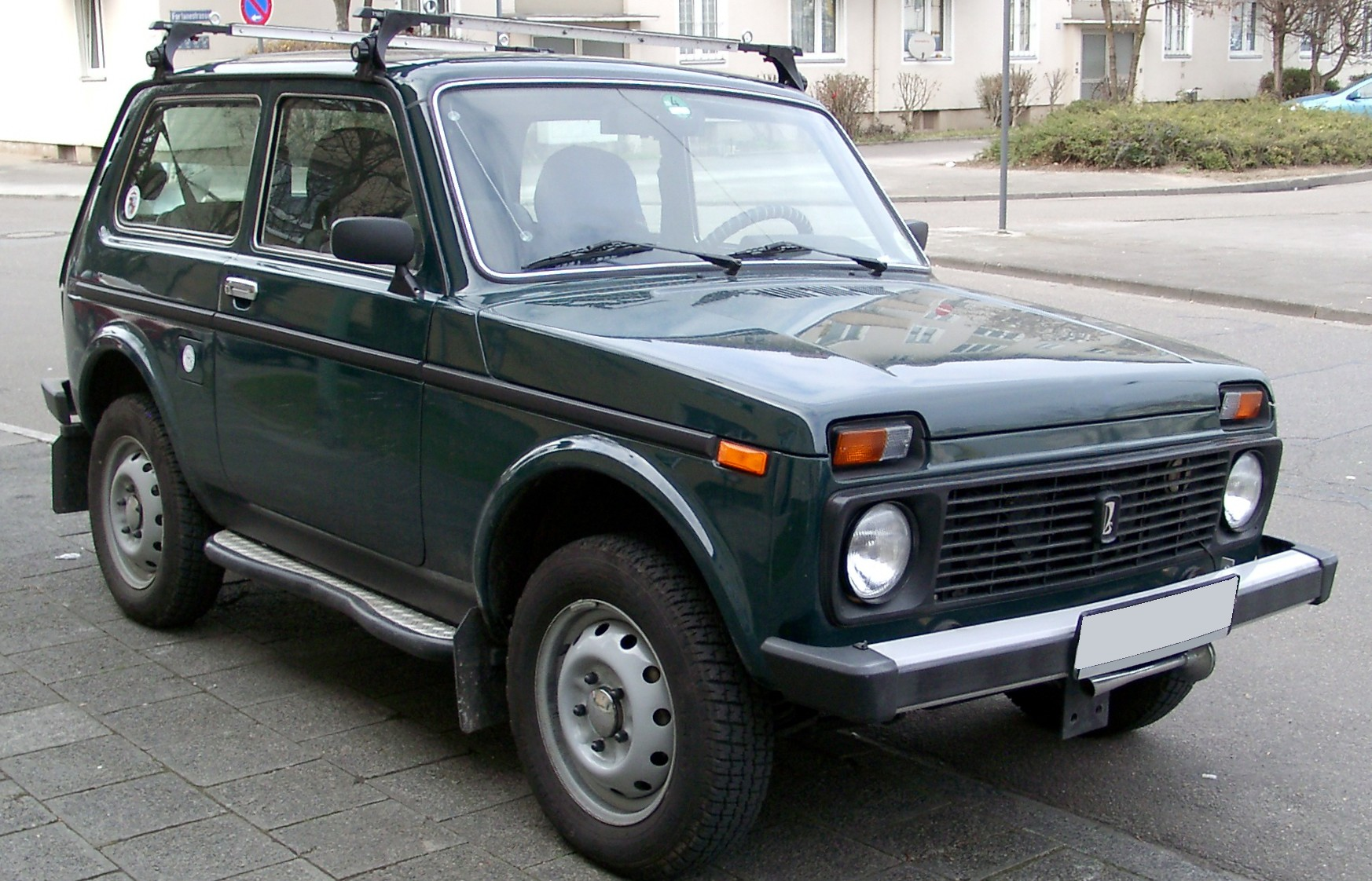 lada niva 17 4x4 photos news reviews specs car listings. Black Bedroom Furniture Sets. Home Design Ideas
