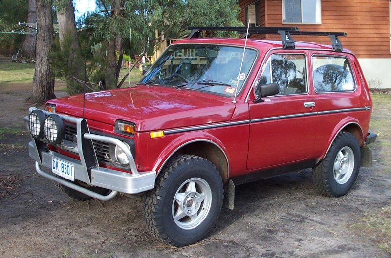 lada niva 4x4 picture 2 reviews news specs buy car. Black Bedroom Furniture Sets. Home Design Ideas