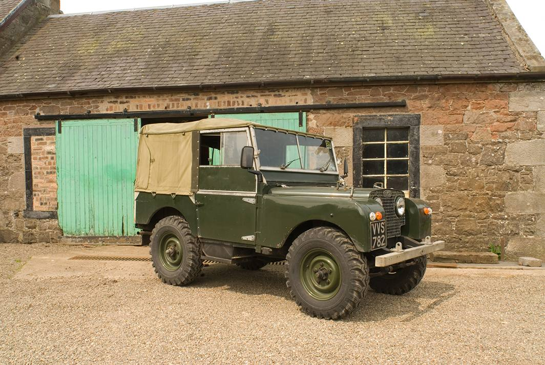 Land Rover 80 Photos News Reviews Specs Car Listings