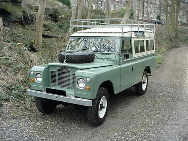 land rover 88 series ii photos news reviews specs. Black Bedroom Furniture Sets. Home Design Ideas