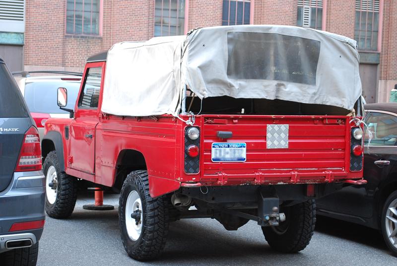land rover defender 110 pick up picture 1 reviews news specs buy car. Black Bedroom Furniture Sets. Home Design Ideas