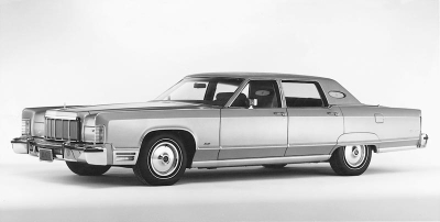 Lincoln Continental Town Car