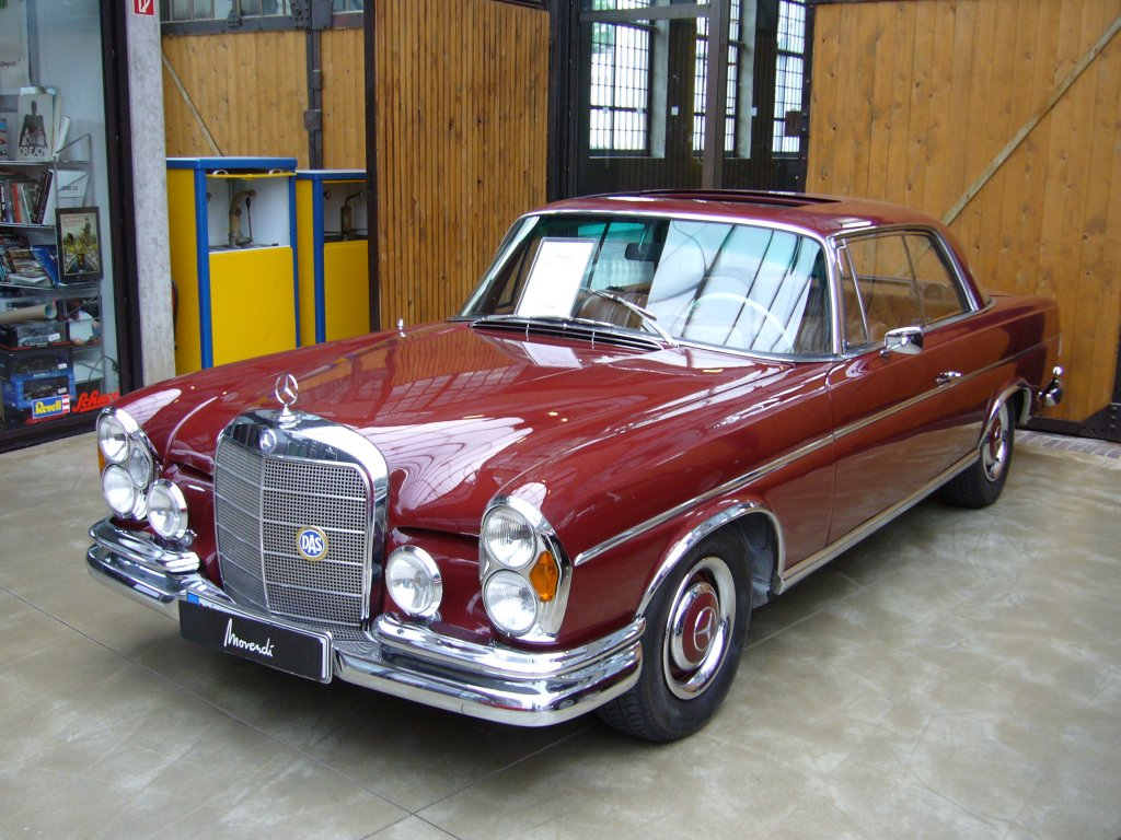 Mercedes benz 250se coupe photos reviews news specs for Mercedes benz 250 se
