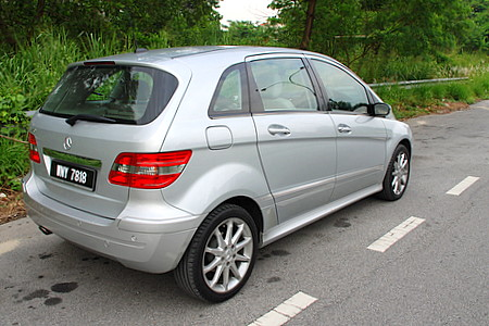 mercedes benz b 170 photos reviews news specs buy car. Black Bedroom Furniture Sets. Home Design Ideas