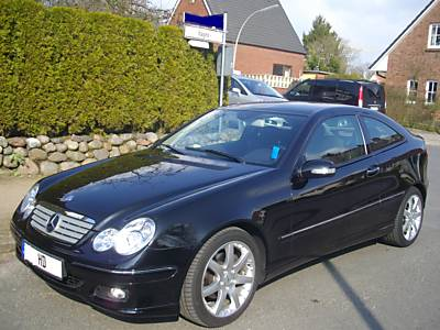 mercedes benz c200 kompressor sports coup photos reviews news specs buy car. Black Bedroom Furniture Sets. Home Design Ideas