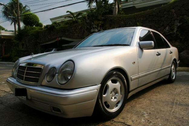 Mercedes benz e230 picture 5 reviews news specs buy car for Who buys mercedes benz