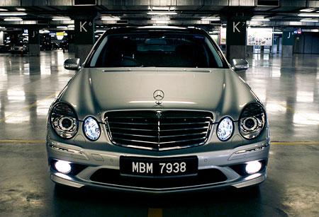 Mercedes Benz E280 Amb Photos Reviews News Specs Buy Car