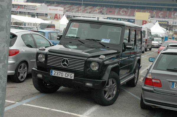 mercedes benz g 400 cdi photos reviews news specs buy car. Black Bedroom Furniture Sets. Home Design Ideas
