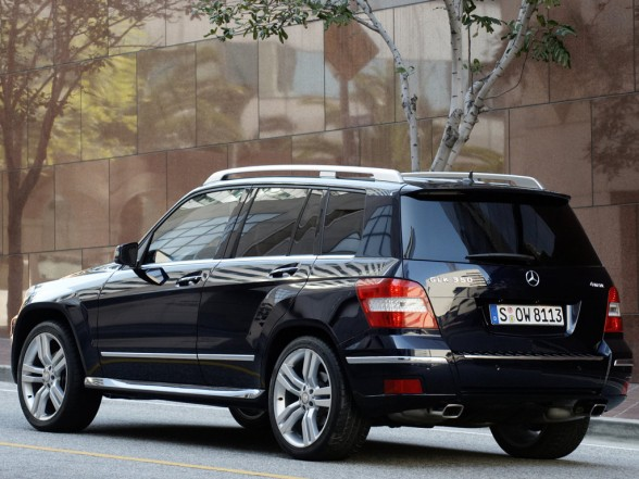 Mercedes benz glk 350 4matic picture 4 reviews news for Mercedes benz glk 350 review