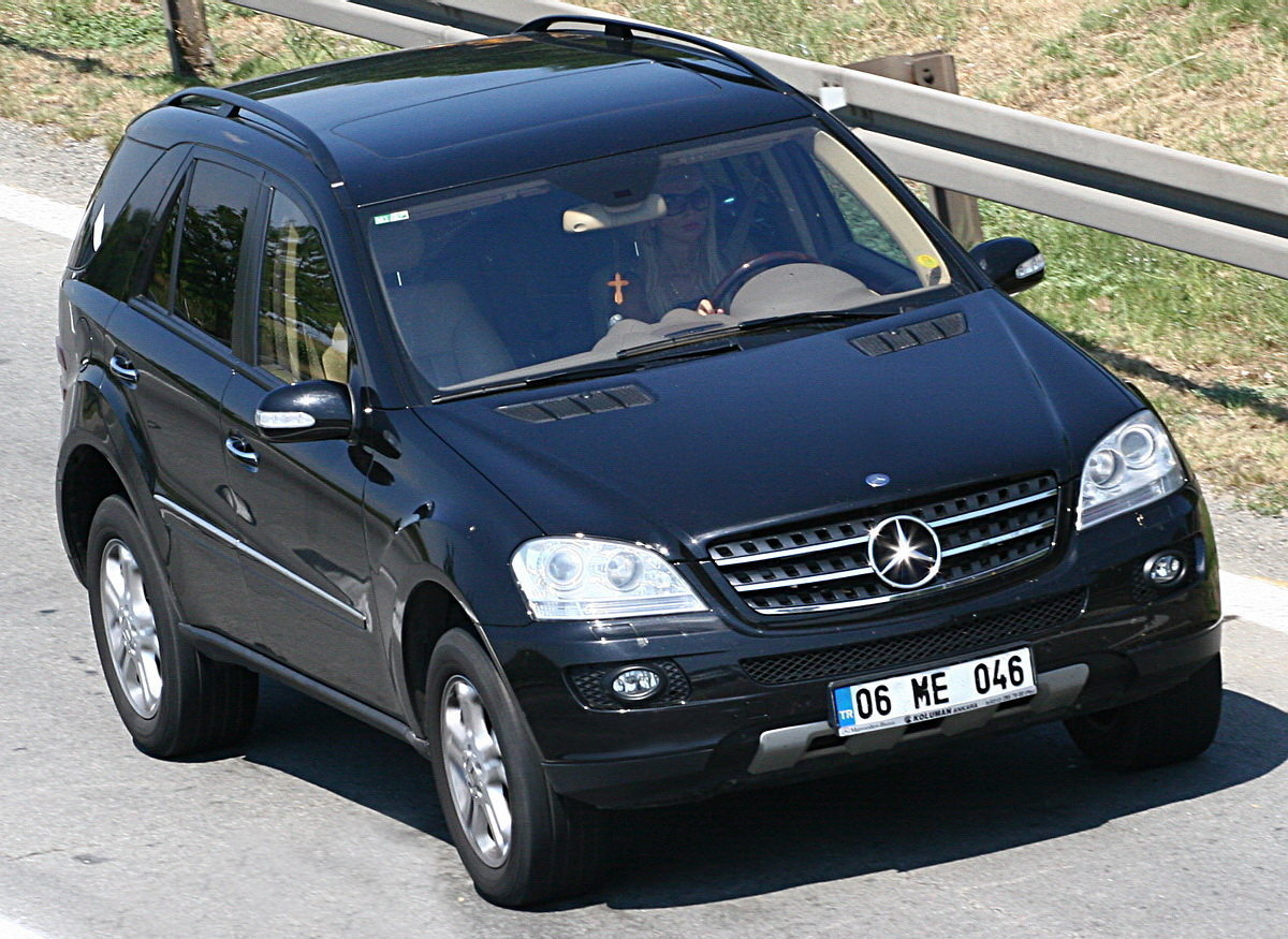 cars magazine mercedes benz ml 270 cdi luxury w163 car