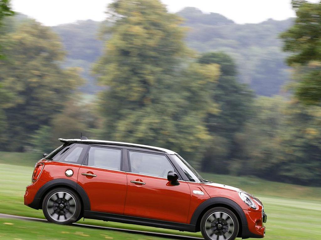 2015 mini cooper s 5 door picture 11 reviews news specs buy car. Black Bedroom Furniture Sets. Home Design Ideas