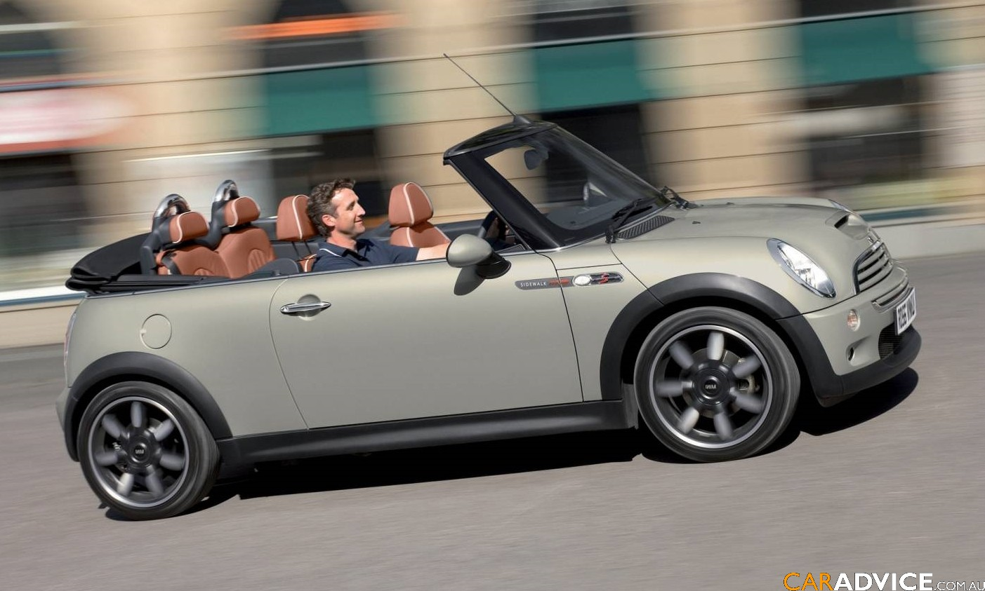 mini one cabrio photos news reviews specs car listings. Black Bedroom Furniture Sets. Home Design Ideas