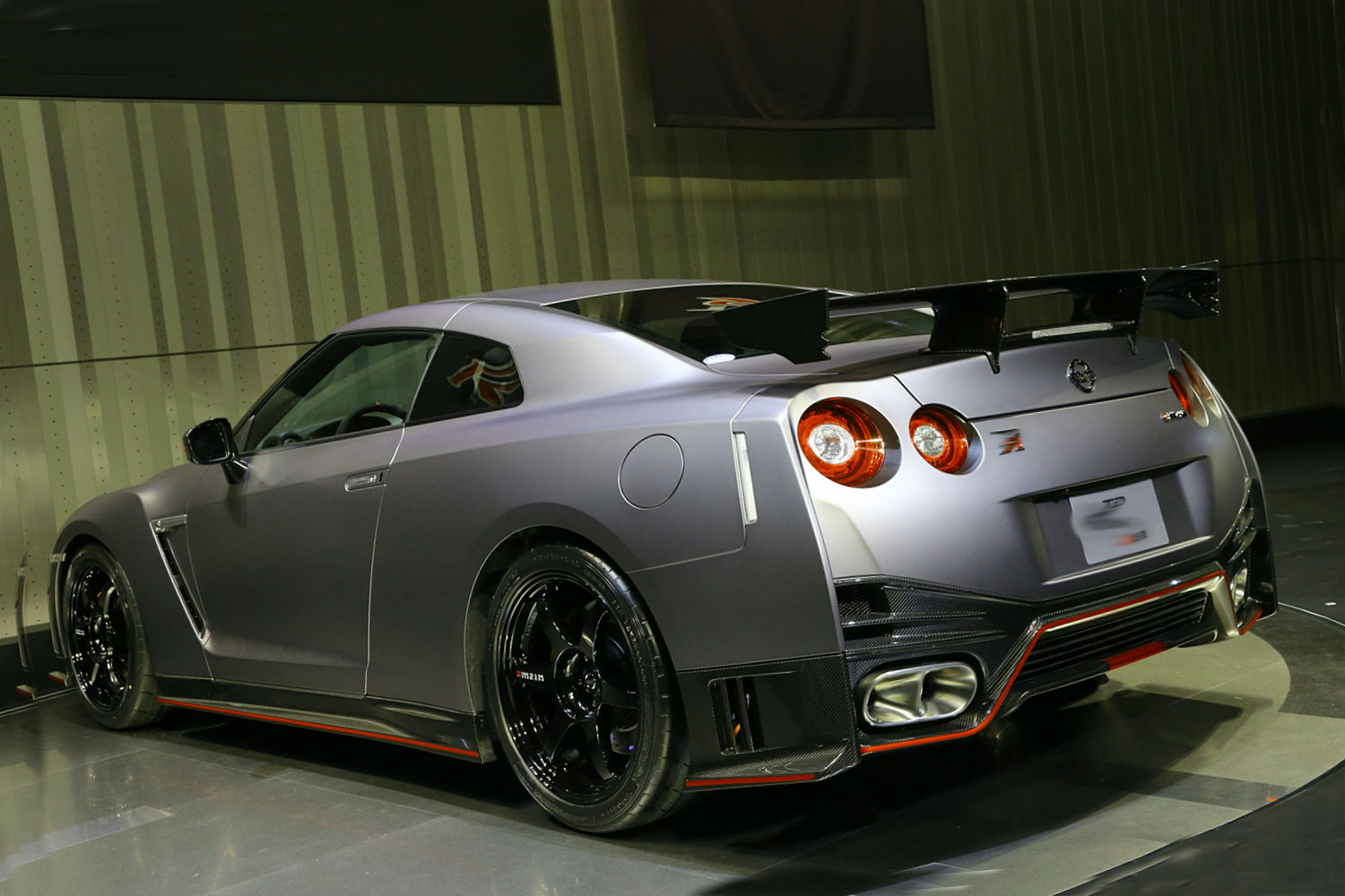 2015 nissan gt r nismo price car interior design. Black Bedroom Furniture Sets. Home Design Ideas