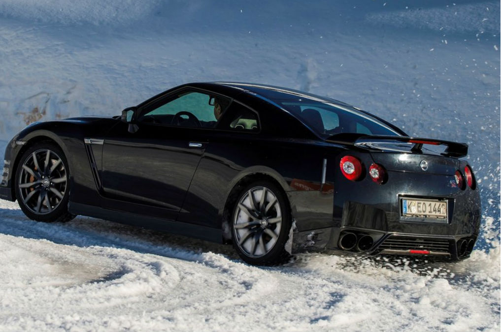Nissan GTR 2015:picture # 15 , reviews, news, specs, buy car