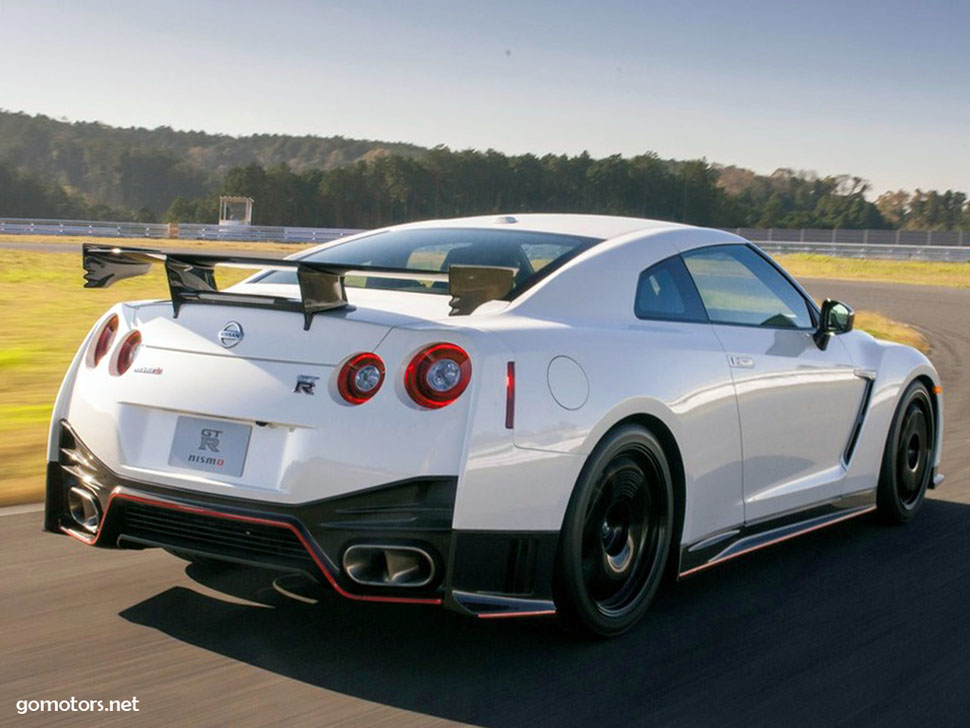 nissan gt r nismo 2015 photos reviews news specs. Black Bedroom Furniture Sets. Home Design Ideas