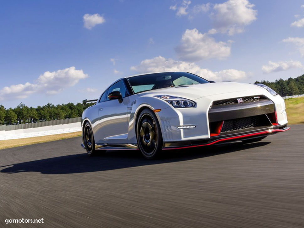 nissan gt r nismo 2015 photos reviews news specs buy car. Black Bedroom Furniture Sets. Home Design Ideas