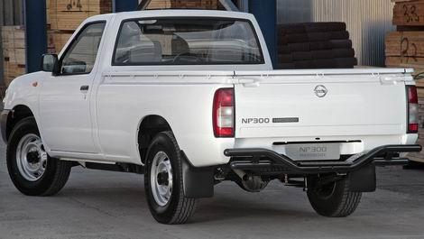 Nissan NP300 - Photos, News, Reviews, Specs, Car listings