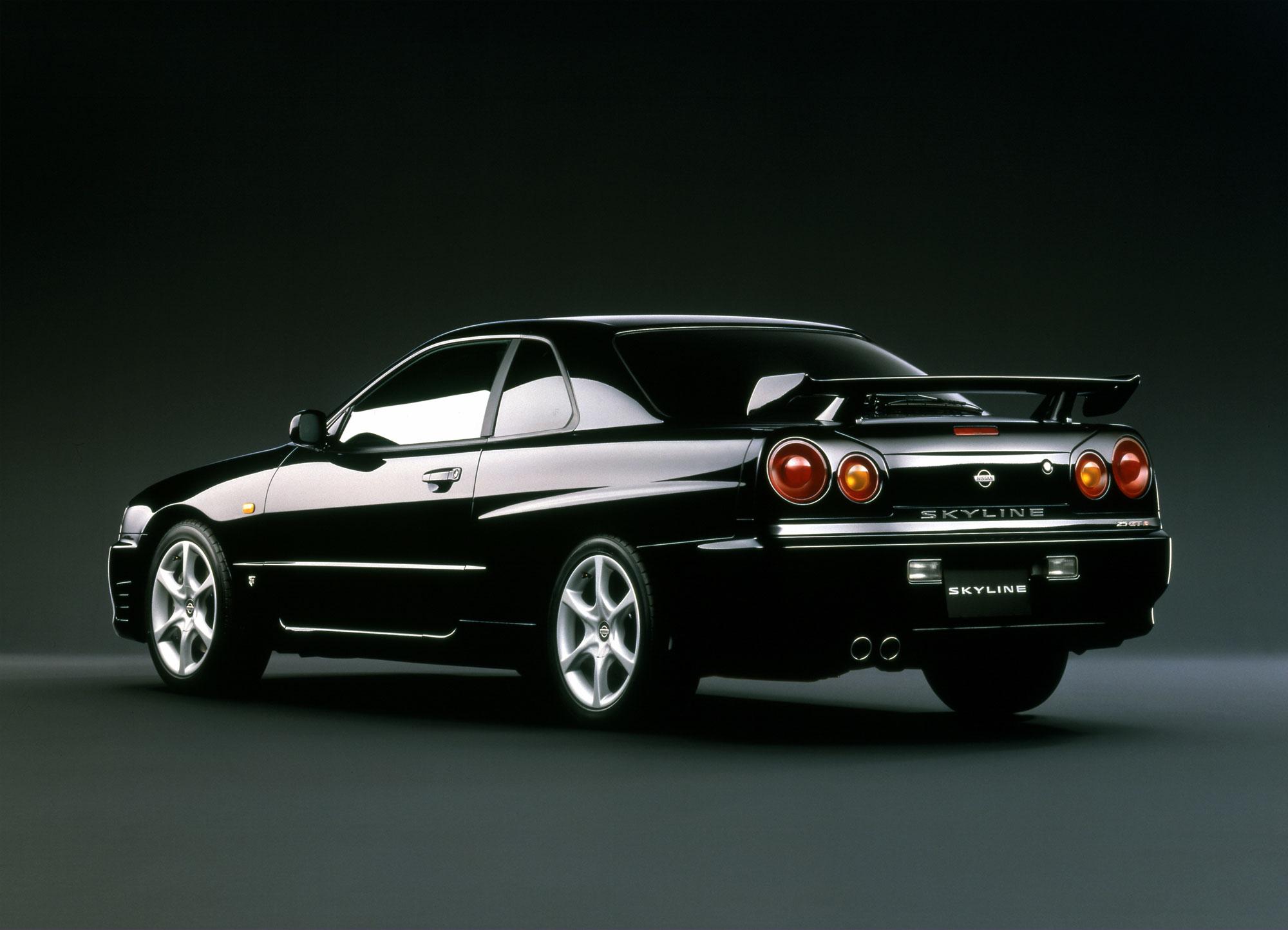 Nissan Skyline 25GT-Turbo - Photos, News, Reviews, Specs ...