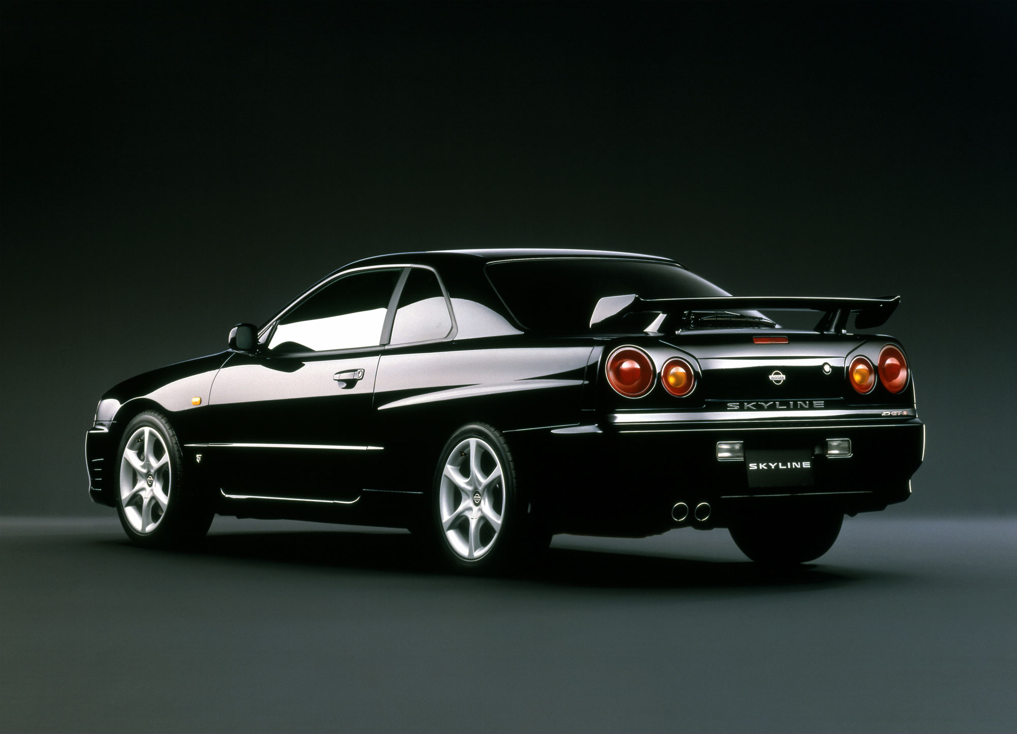 Nissan Skyline 25GT-Turbo:picture # 3 , reviews, news ...