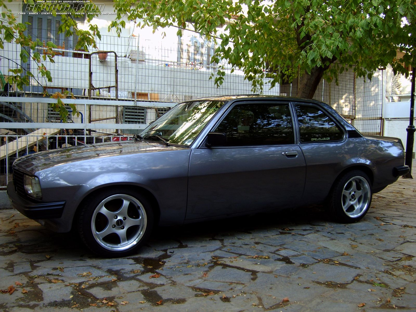 opel ascona 19s photos news reviews specs car listings. Black Bedroom Furniture Sets. Home Design Ideas