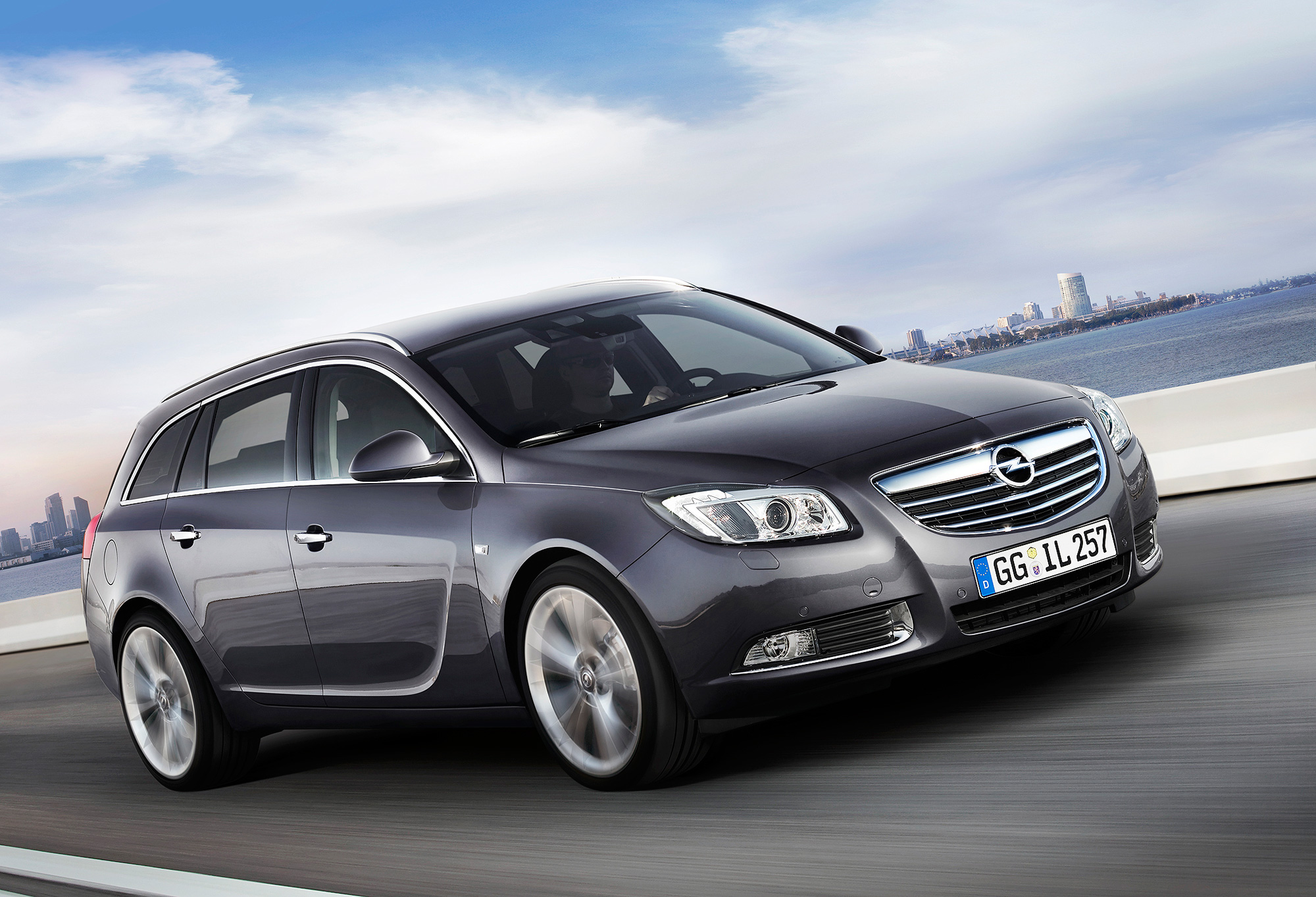 opel insignia wagon photos reviews news specs buy car. Black Bedroom Furniture Sets. Home Design Ideas