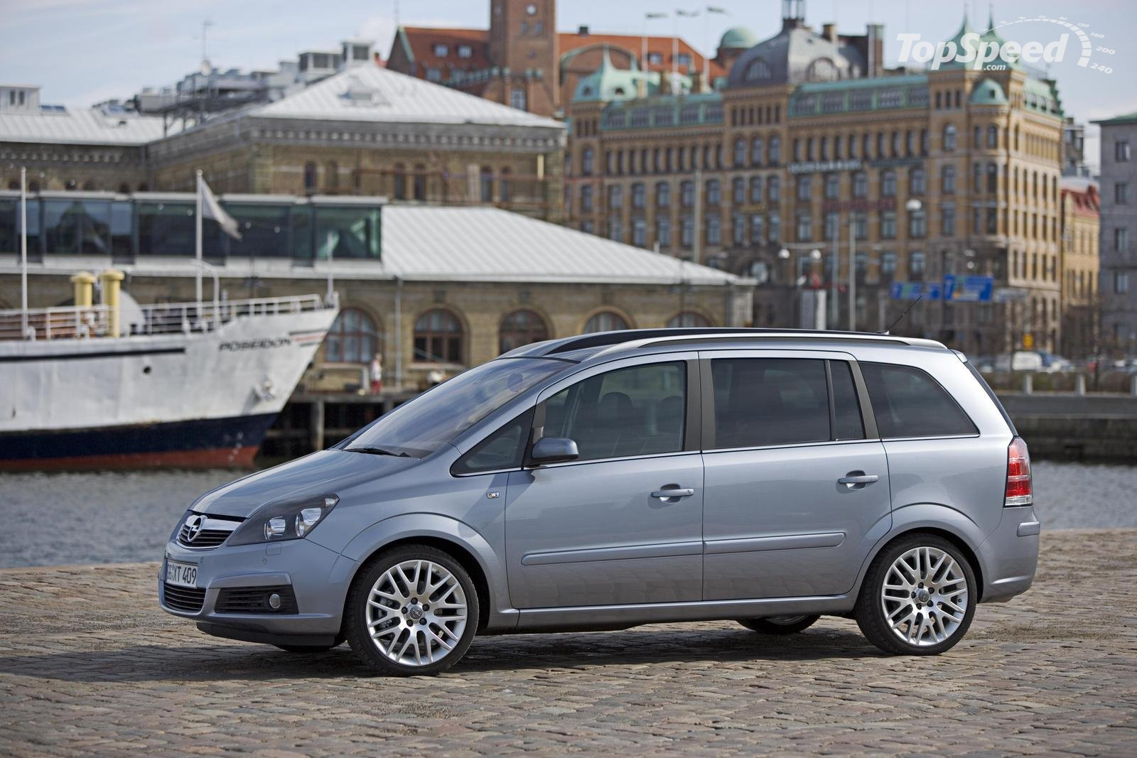 opel zafira 16 photos news reviews specs car listings. Black Bedroom Furniture Sets. Home Design Ideas