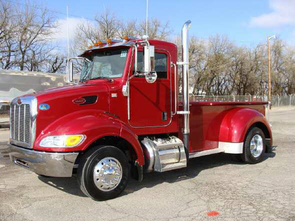 Peterbilt 335 Picture 5 Reviews News Specs Buy Car