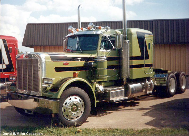 Peterbilt 359 - Photos, News, Reviews, Specs, Car listings