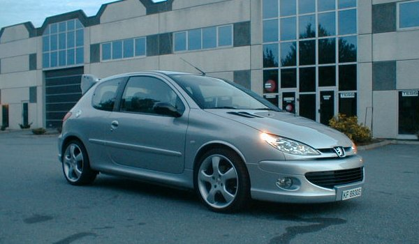 peugeot 206 gt photos news reviews specs car listings. Black Bedroom Furniture Sets. Home Design Ideas