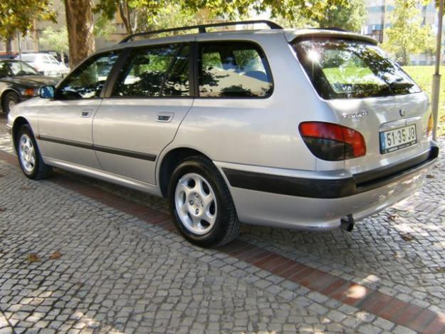 Peugeot 406 Sw Photos News Reviews Specs Car Listings